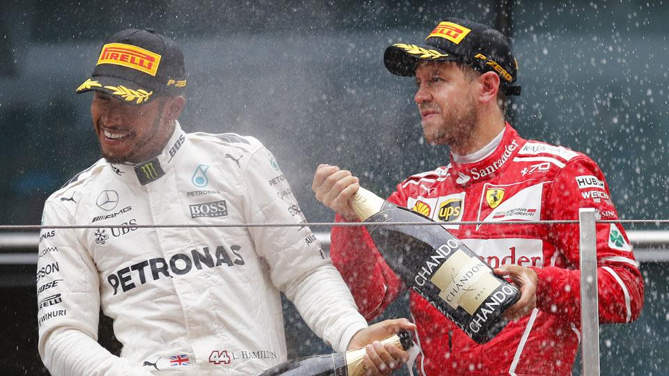 Lewis Hamilton gana el GP de China